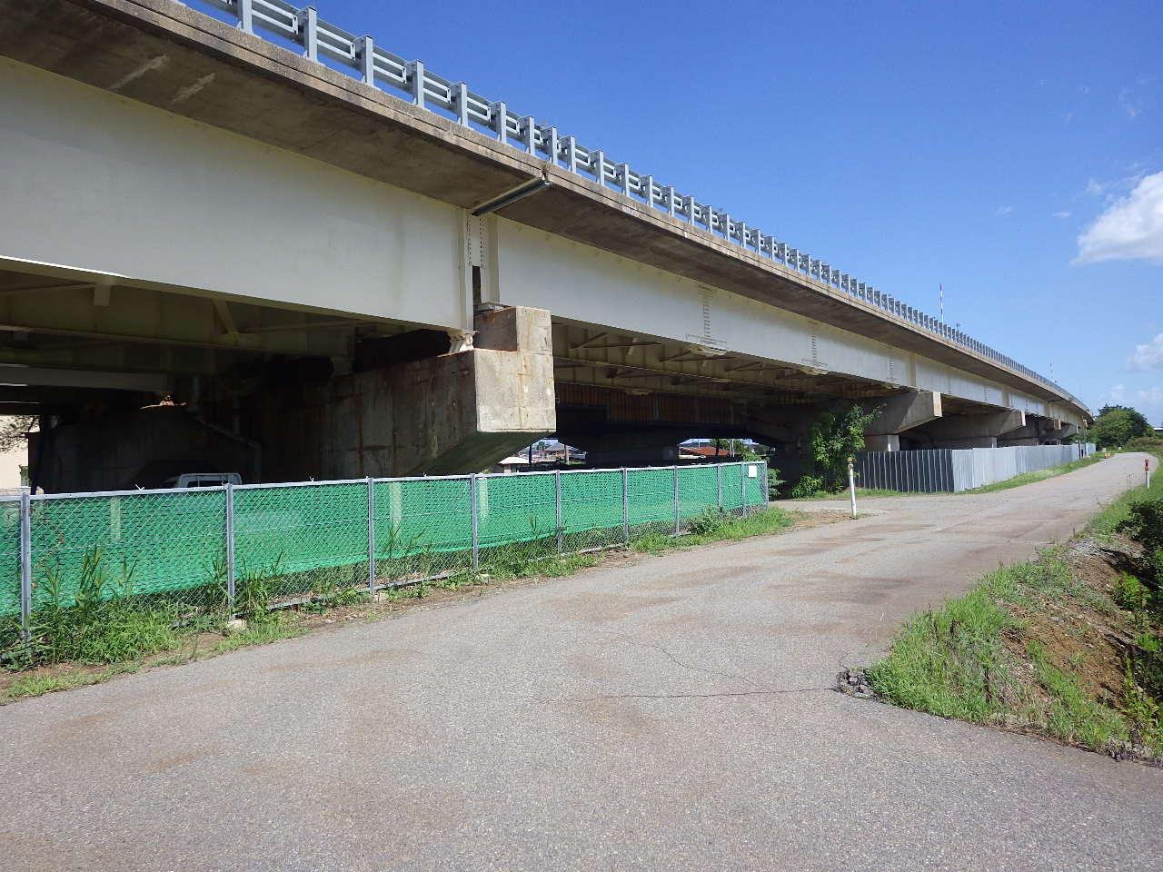 画像:北陸自動車道 梯川橋(かけはしがわはし)(上り線)塗替塗装工事(平成28年度)